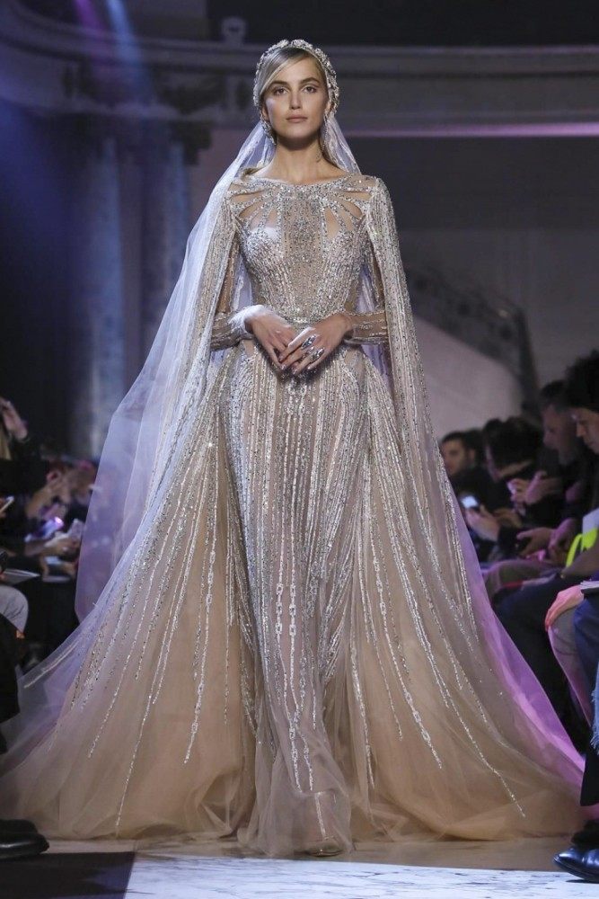 The Dresses From SS 2019 PFW That Made Our Hearts Skip A Beat