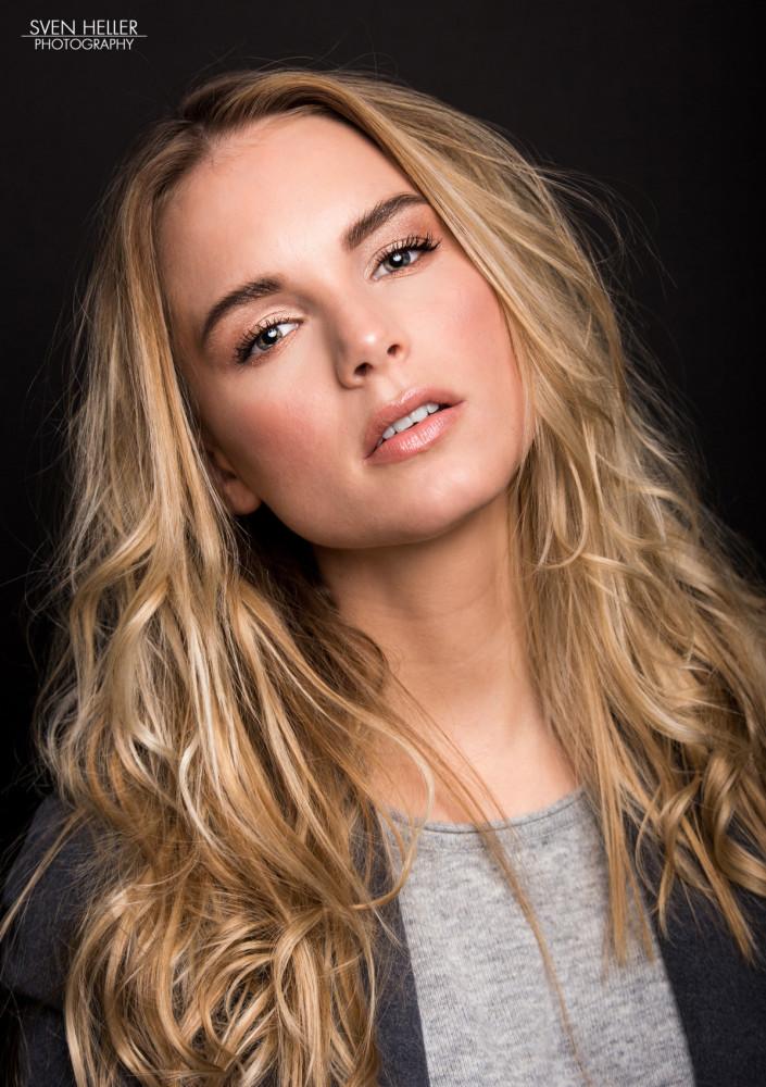 Model blond parship The Best