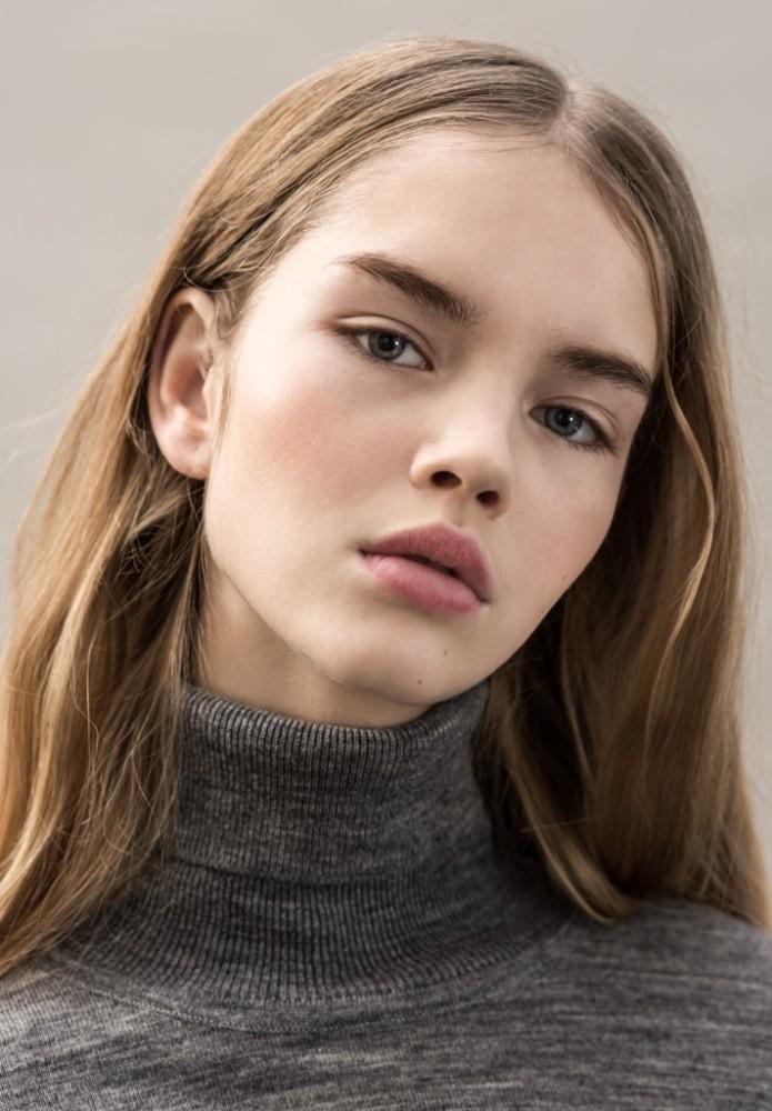 Galya | Avant Models