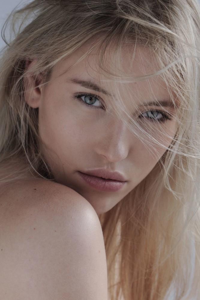 Fee-Gwenelle Kroha
