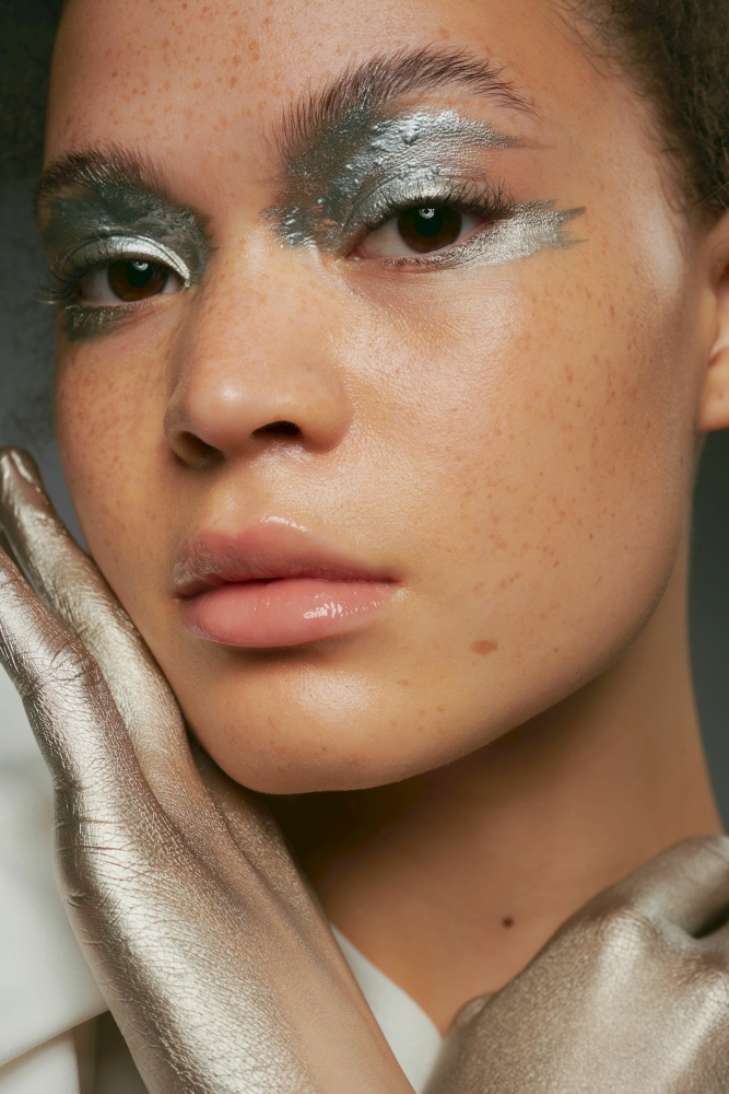 NEW GENERATION BY ERIC HÜCKSTÄDT  FOR FAMOUS FACE ACADEMY