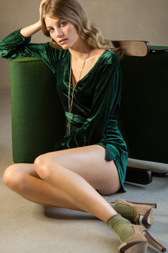 Parship model blond 2019