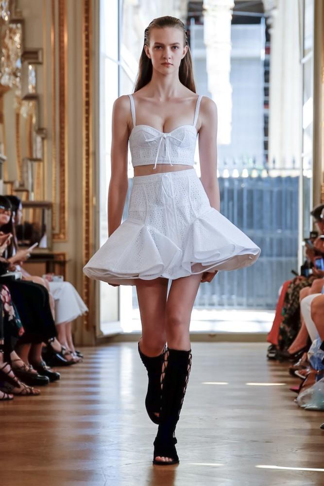 Vanessa Hartog | Giovanni Bedin Couture Fall Winter 2019 | Paris Fashion Week