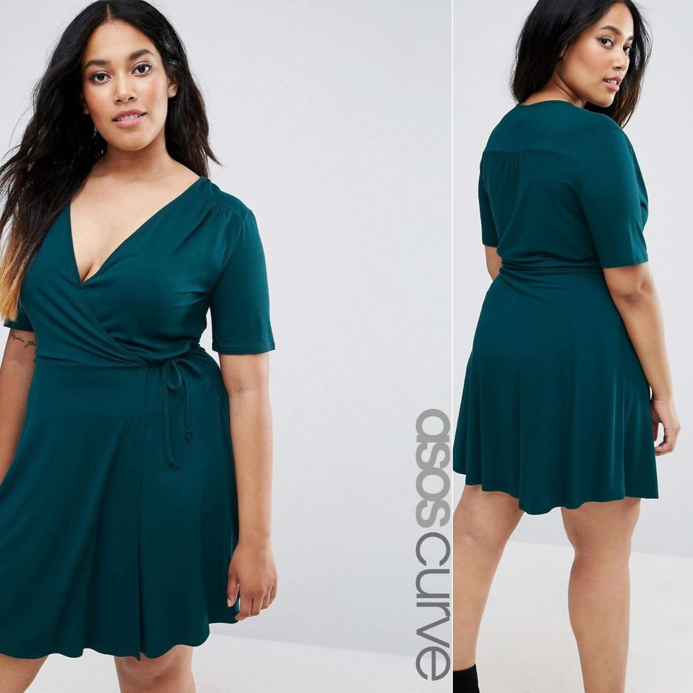 curve-fashion-model-Penelope-ecommerce-shoot-Asos-Top-London-modelling-agency-IMM