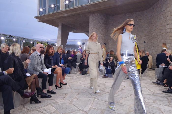 Loewe-SS16-runway-Top-London-modelling-agency-IMM