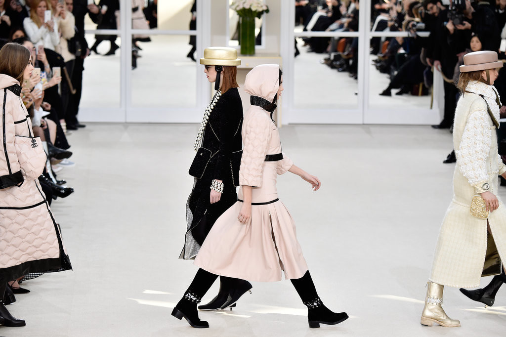 Chanel-Paris-Fashion-Week-Top-five-trends-from-fashion-week-styling-hacks-top-London-modelling-agency-IMM