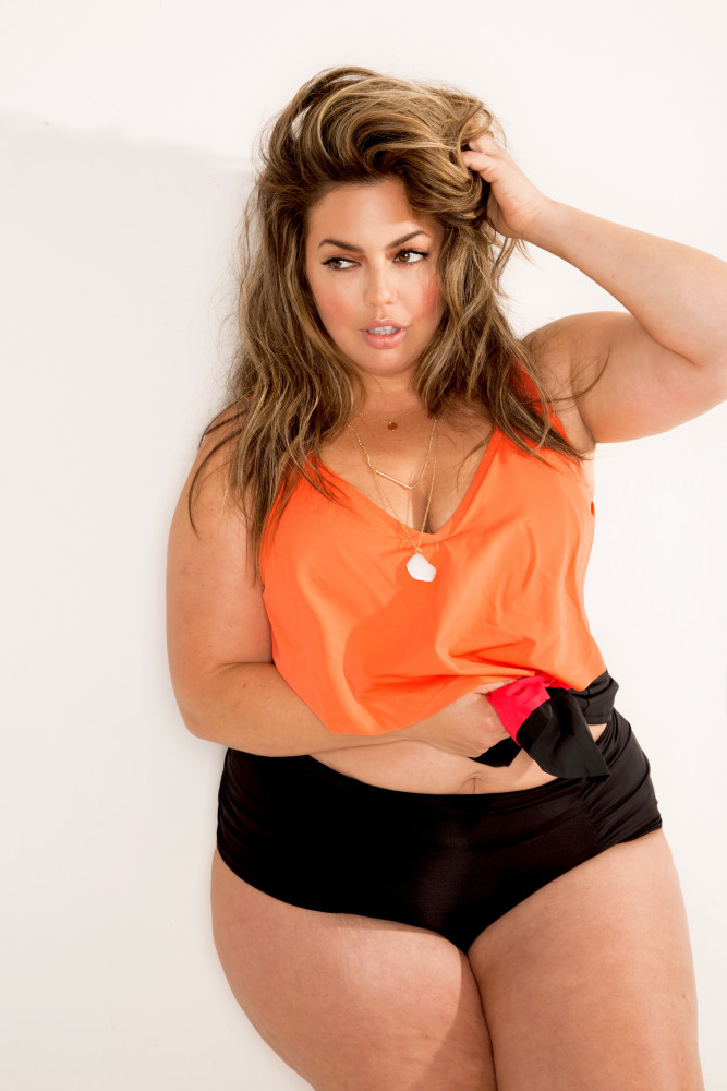 Plus-Size-fashion-model-Fluvia-Plus-Model-Magazine-cover-Top-London-modelling-agency-IMM