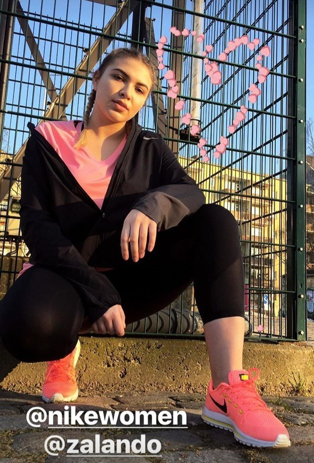 curve-fitness-model-Sabina-Zalando-Nike-Womenswear-collaboration-sneak-peek