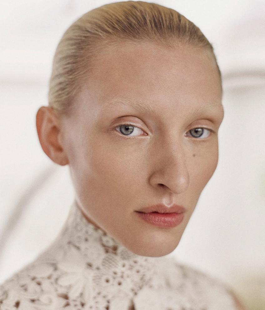 MAGGIE MAURER for Vogue Portugal by Max Vom Hofe
