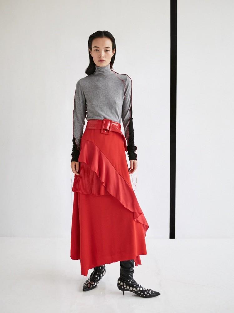 LING LIU for Vogue Taiwan by Zoltan Tombor
