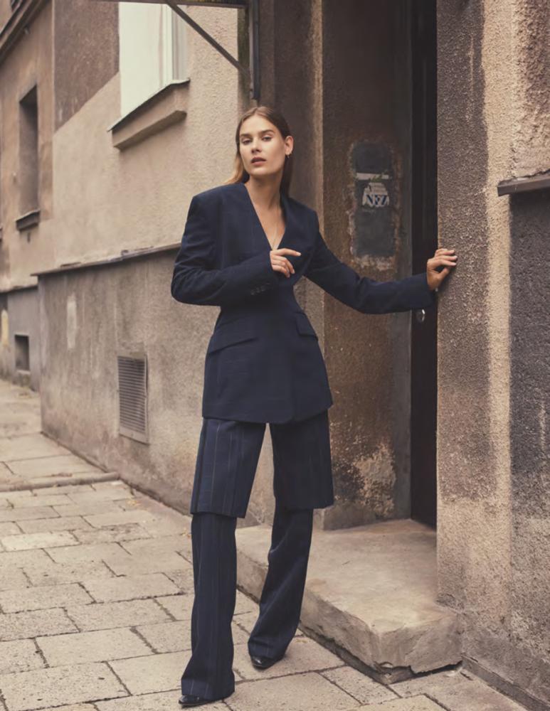 VERA VAN ERP for Vogue Poland by Stas Komarovski