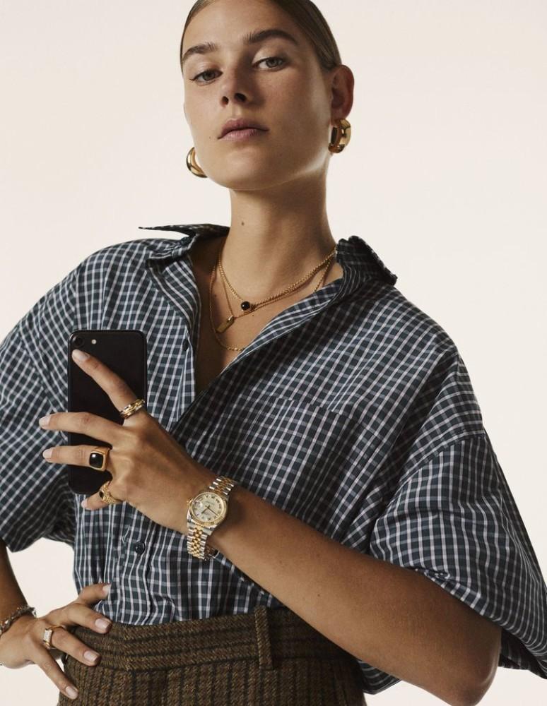 VERA VAN ERP for Vogue Netherlands by Antoine Harinthe