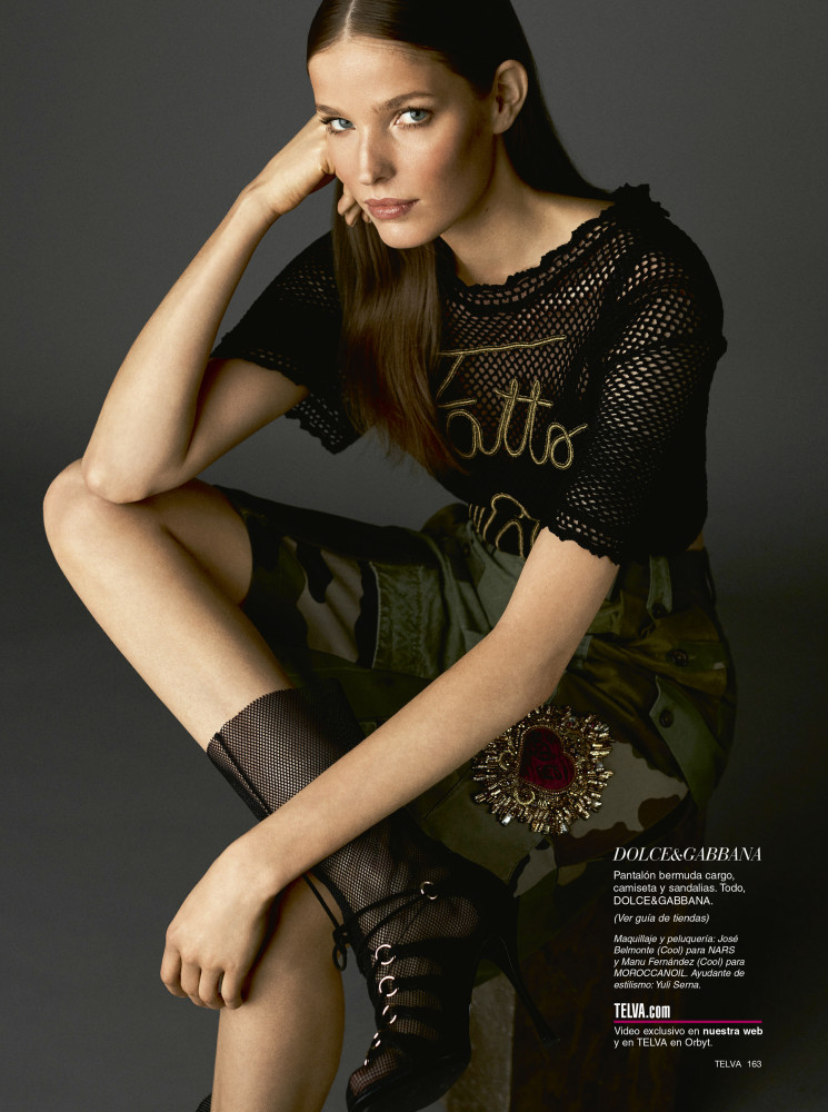 ALISA AHMANN for Telva magazine by Tomas de la Fuente