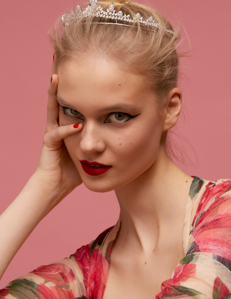 ALINA EGOROVA for Vogue Russia by Arseny Jabiev