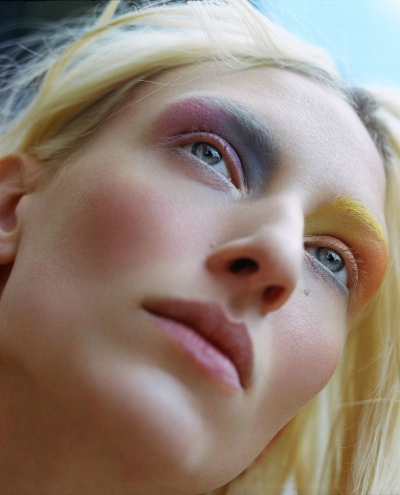 MAGGIE MAURER for Vogue Poland by Alice Rosati