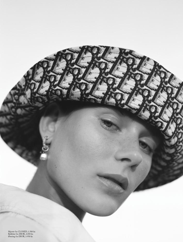 VERA VAN ERP for Eurowoman by Claudia Vega