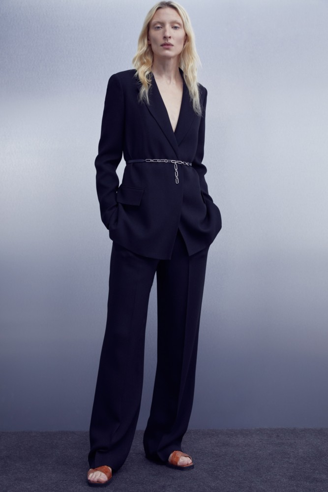 MAGGIE MAURER for Theory Prefall 2020