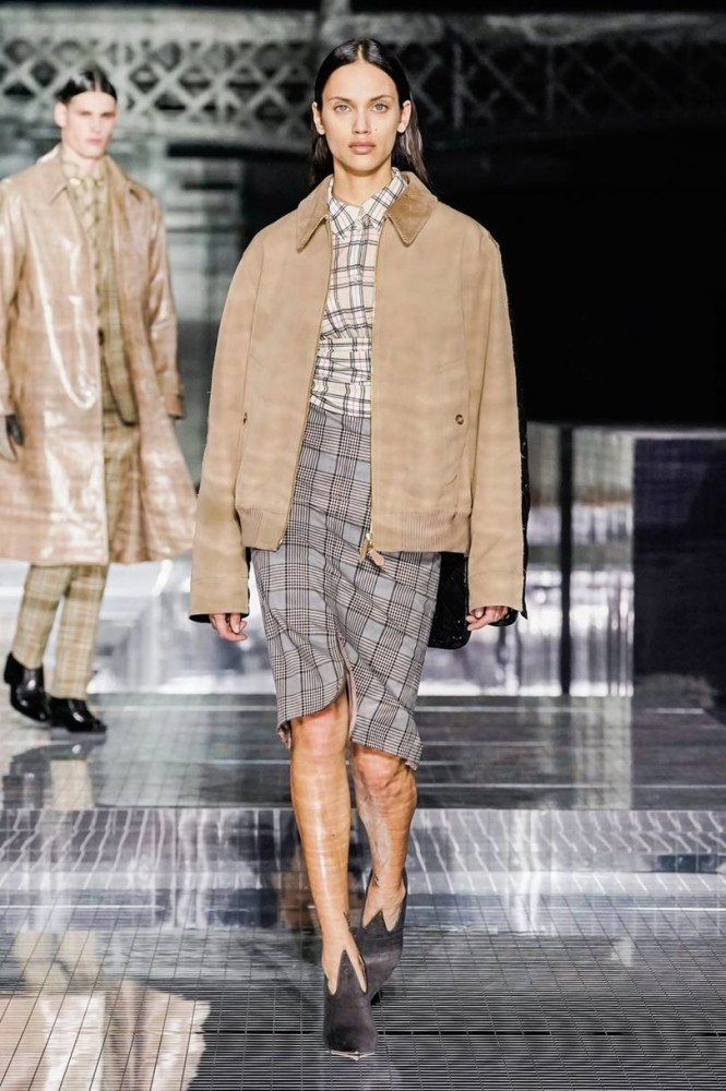DALIANAH for Burberry EXCLUSIVE