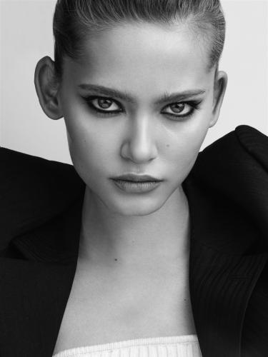 Louisa Models 9