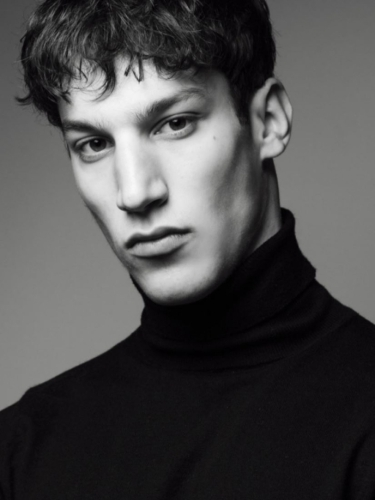 Louisa Cm Model Agency 12