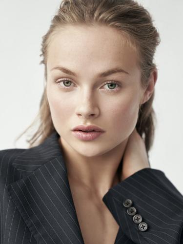 Louisa Cm Model Agency 0