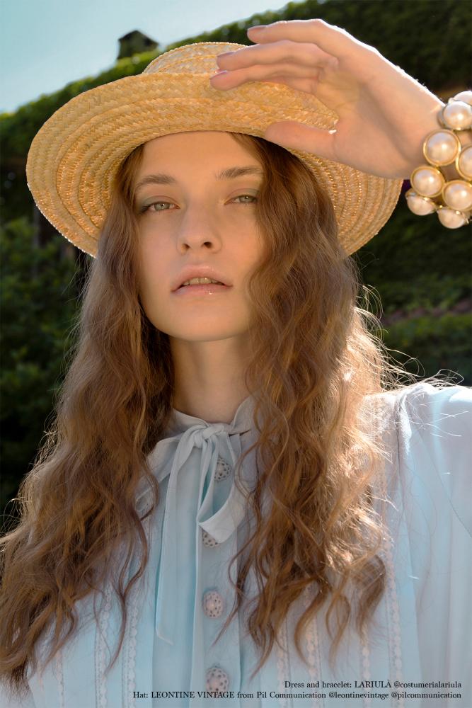 Amelia @FLANELLE Magazine