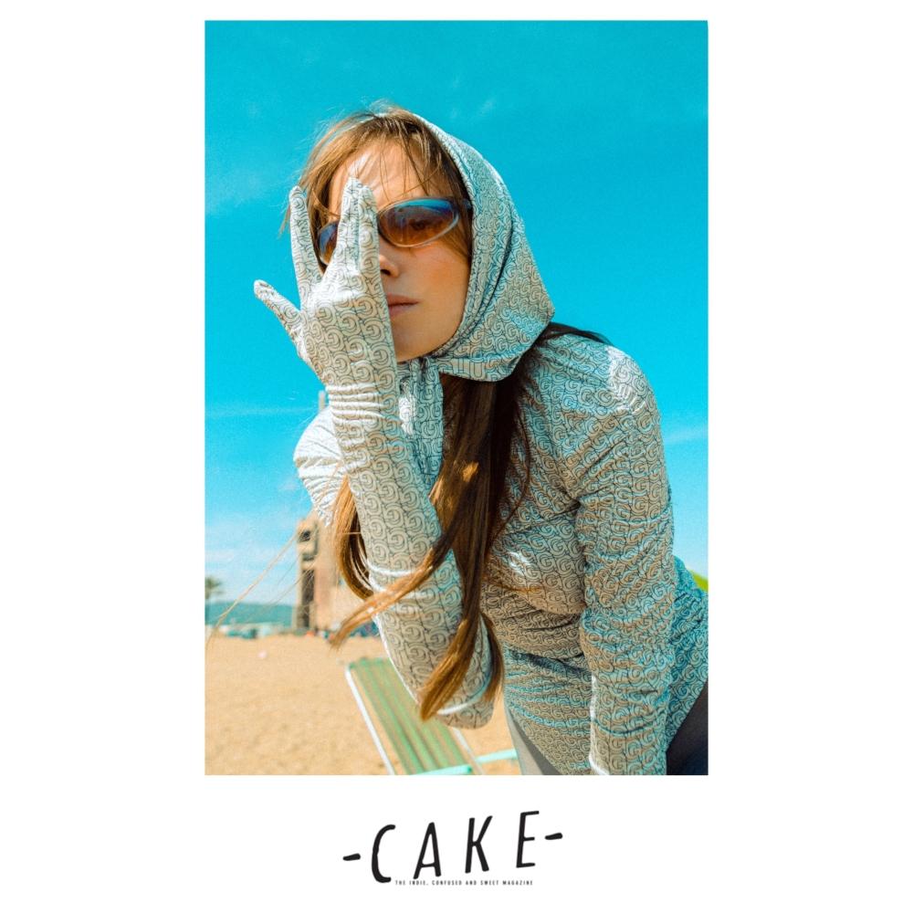 Victoria A @cakemagazine