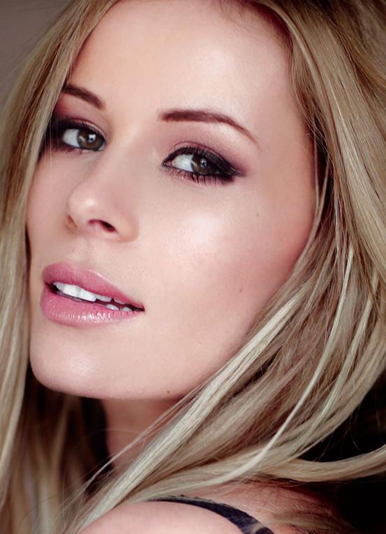 Amy E Mentor Model Agency Sheffield