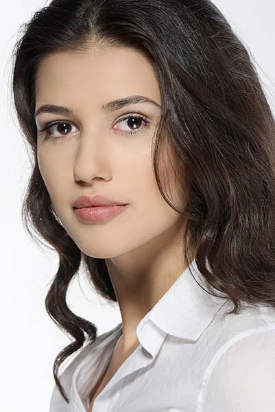 Madalina Bellariu