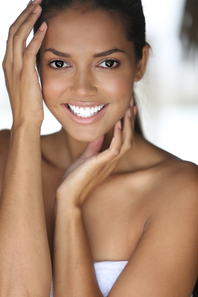 Models Booked For Smiles Powder
