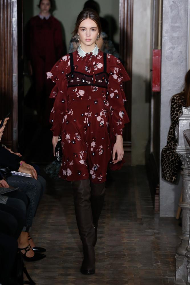 Paulina Frankowska for Valentino Pre-Fall 2017 Show