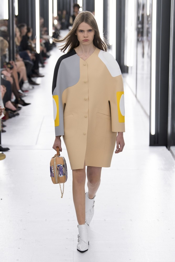 Maud Hoevelaken for Louis Vuitton SS19 PFW
