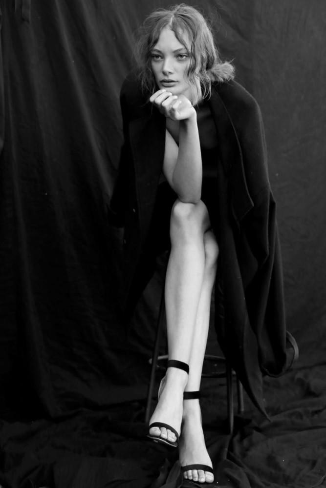Bethany De Waal by Fanie Nel
