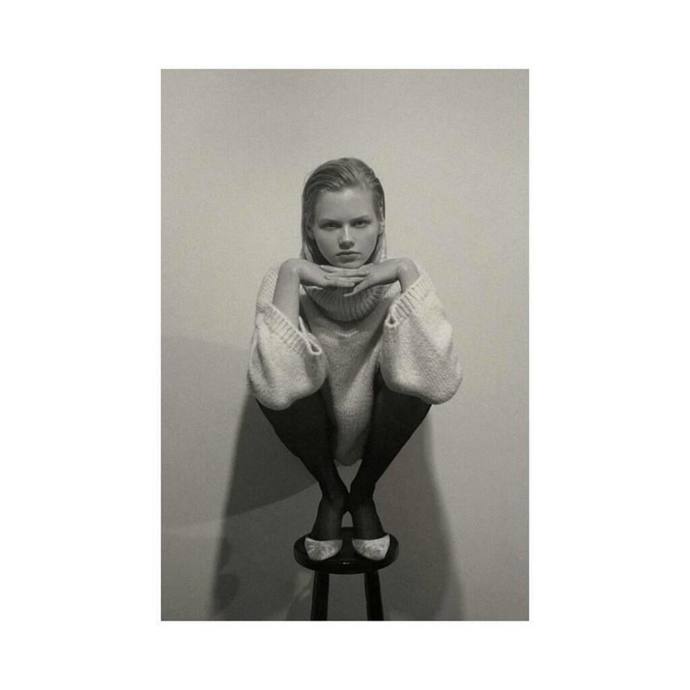 Kate Peshkova by Haris Farsarakis