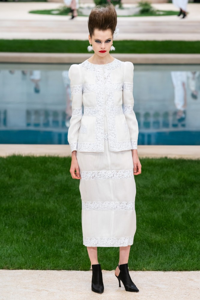 Maud Hoevelaken for Chanel SS19 Couture