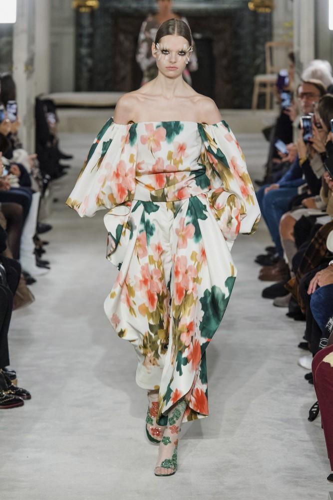 Maud Hoevelaken for Valentino SS19 Couture
