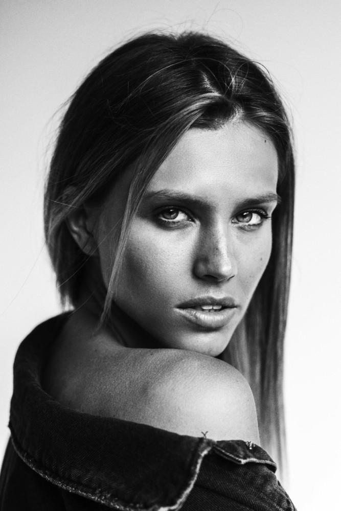 Yulia Belanovskaya by Alessio Albi