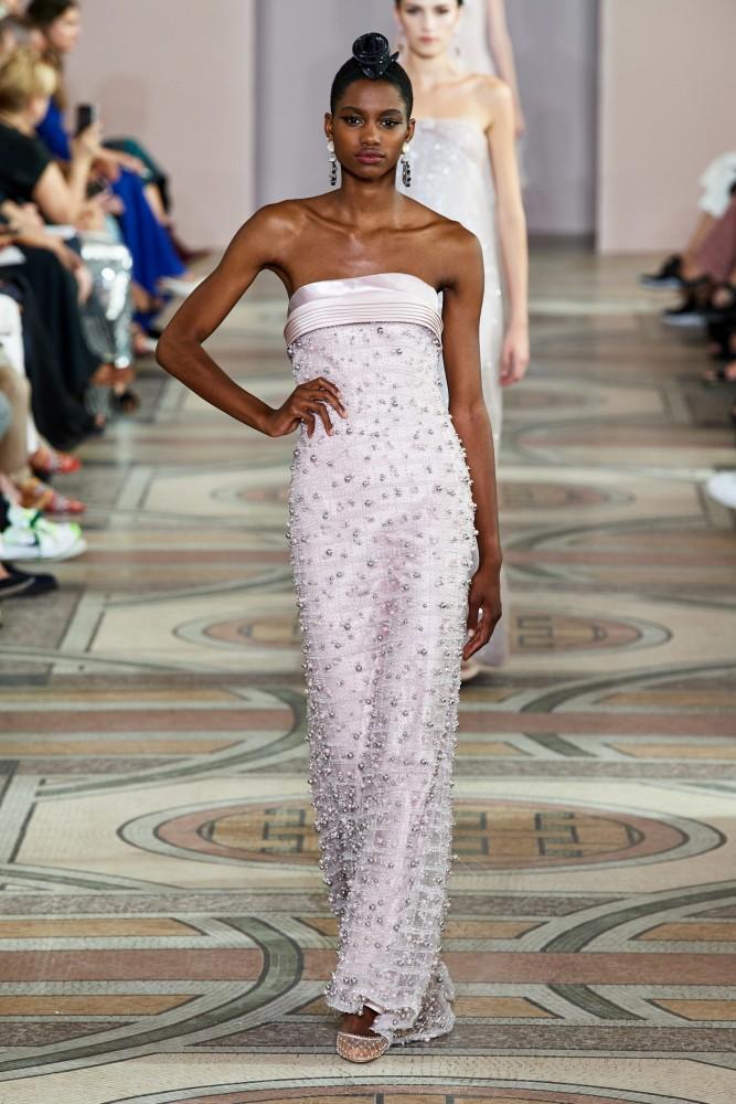 Tara Falla for Armani Privé FW 2019-2020 Haute Couture PFW