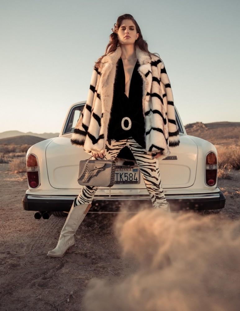 Livia Pillmann for Dolce Magazine
