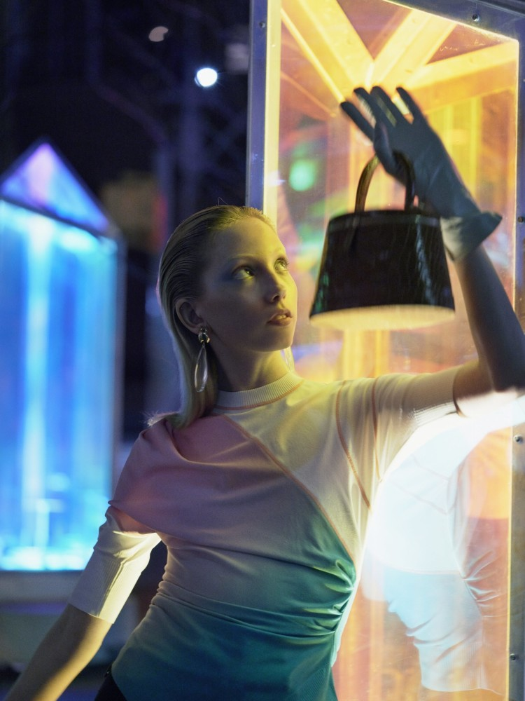 Sonia Komarova for L'Officiel Baltics