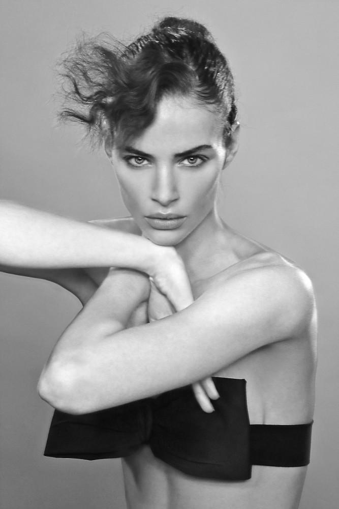 Nicole Meyer by Marco Marezza