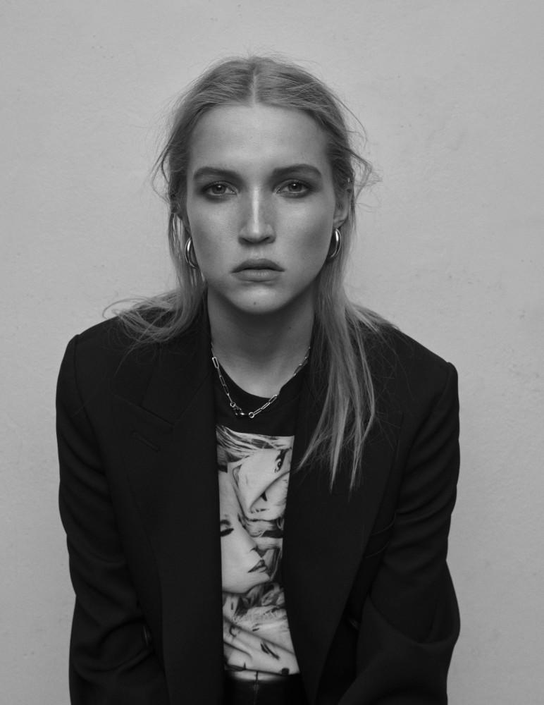 Sophia Pezold for Vogue Spain