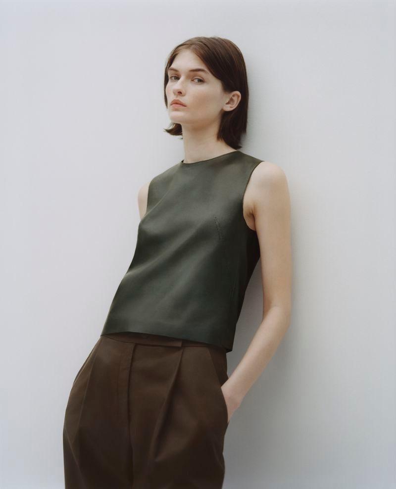 Lara Mullen for Cos