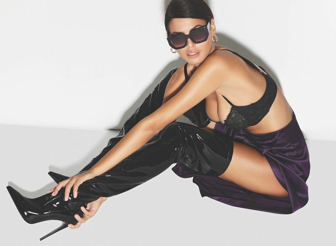 Bojana Krsmanovic for BAZAR, October 2020