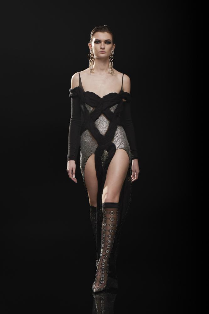 Lara Mullen for GCDS FW 21-22 Fashion Show