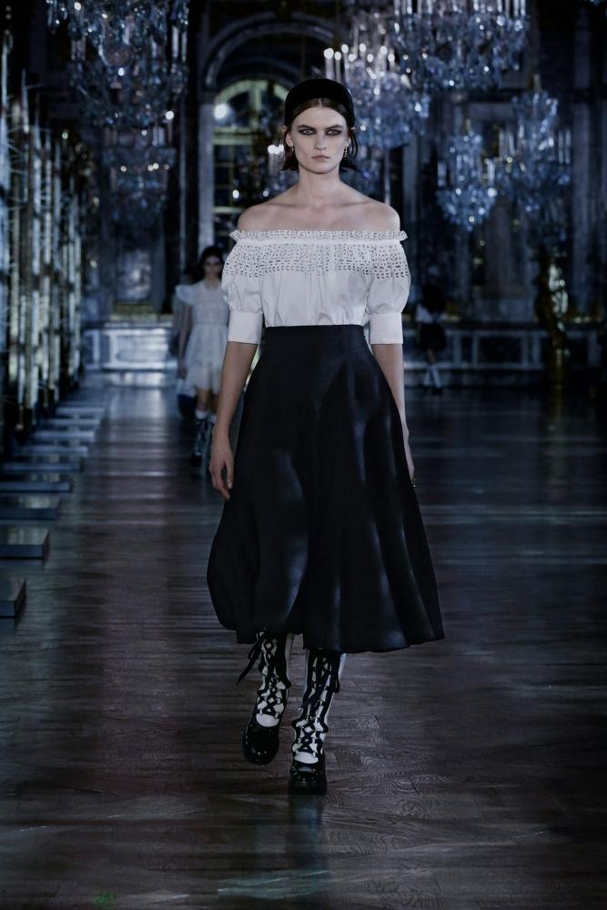 Lara Mullen for Dior F/W 21 Show
