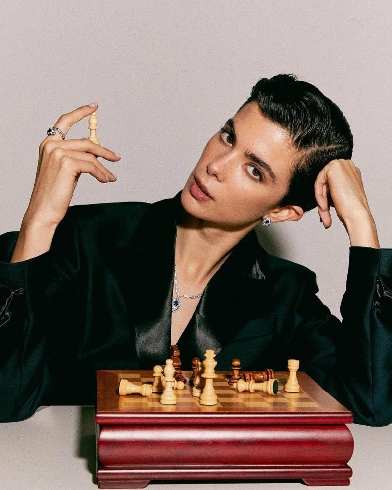 Alba Roman for Vogue España