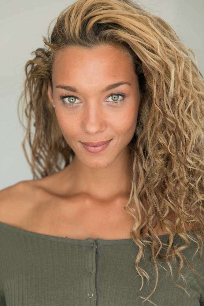 Ebony Anderberg