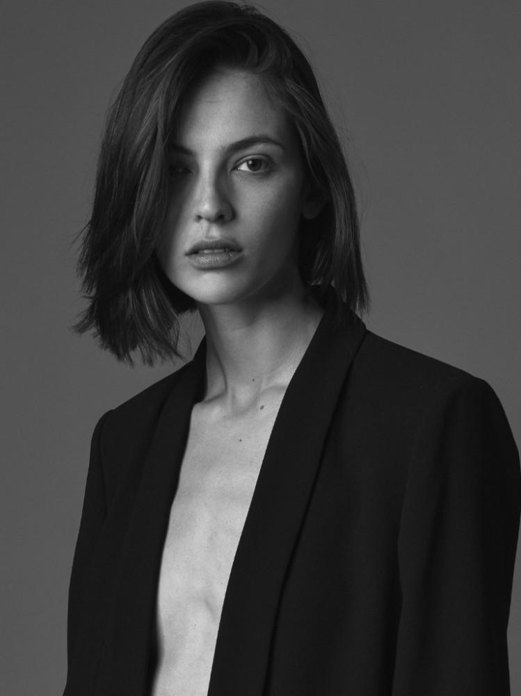 Aline Zanella