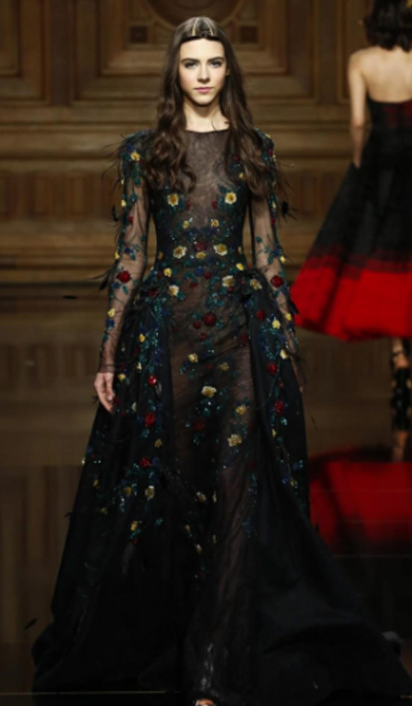 Kitti Horvarth for Tony Ward #CoutureFall2016